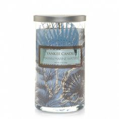 Discover a refreshing peacefulness in the scent of sunshine and a gentle sea breeze blowing across calm blue waters.