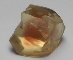 images/facet-rough/oregon-sunstone-11262013-4-1.jpg  Oregon Sunstones, my next mineral finding goal trip. I will get there one day!