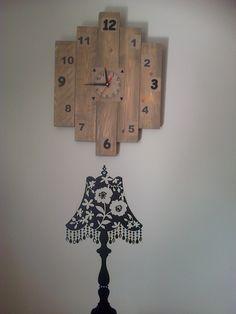 Horloge récup bois palette