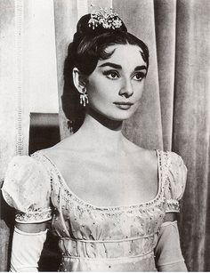 "Audrey Hepburn ""War and Peace"" 1956 Katharine Hepburn, Audrey Hepburn Mode, Audrey Hepburn Photos, Golden Age Of Hollywood, Classic Hollywood, Old Hollywood, Hollywood Divas, Bette Davis, Timeless Beauty"
