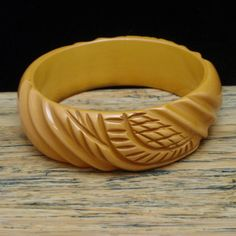 "Carved Butterscotch Bakelite Bangle Bracelet Vintage 7/8"" Wide"