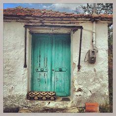 #seli #door #old_house #green #village #vintage #past_ages