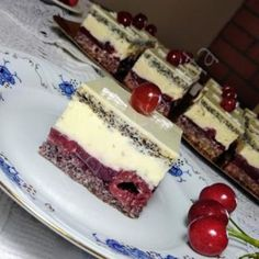 Kolaci I Torte, Cake Bars, Hungarian Recipes, Cupcakes, Recipies, Cheesecake, Cherry, Food And Drink, Sweets