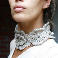 """Lily"" Neckwarmer Scarf by Marianne S via etsy Crochet Video, Bead Crochet, Crochet Scarves, Crochet Shawl, Single Crochet, Double Crochet, Crochet Unique, Crochet Neck Warmer, Hand Knit Scarf"