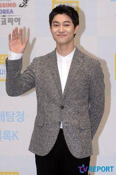 Kwak Dong-yeon confirmed to join Lee Gwang-soo in SBS' short drama 'Puck!' @ HanCinema :: The Korean Movie and Drama Database