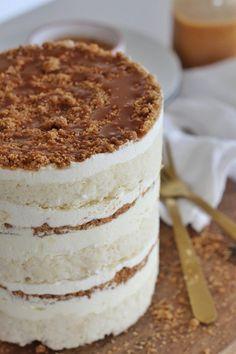 Cake by Courtney: Banana Cream Cake - Banana Cake Pavlova, Cupcakes, Cupcake Cakes, Rose Cupcake, Cake Recipes, Dessert Recipes, Picnic Recipes, Baking Desserts, Cake Baking