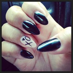loving these nails