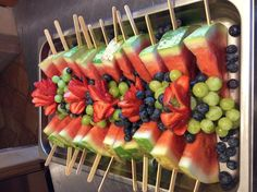 My of July, 2014 fruit tray. My of July, 2014 fruit tray. Party Food Platters, Party Trays, Party Snacks, Fruit Recipes, Appetizer Recipes, Appetizers, Cooking Recipes, Fruit Buffet, Fruit Trays