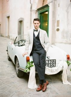 10 Ways to Style Your Groom (and his men) Vintage - Vintage Wheels