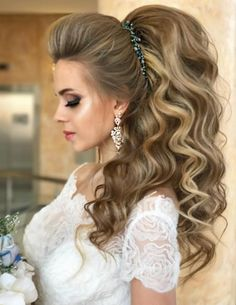 Best Wedding Hairstyle With Mid Length Hair Unique Wedding Hairstyles, Creative Hairstyles, Headband Hairstyles, Pretty Hairstyles, Bridal Hairstyle, Hairstyle Ideas, Wedding Hair Inspiration, Wedding Ideas, Mid Length Hair