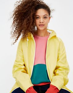 Hooded raincoat - Coats and jackets - Clothing - Woman - PULL&BEAR Serbia