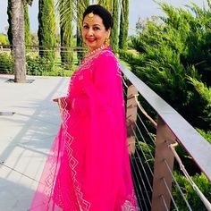 La vie en rose . . . First wedding of the summer. Had an amazing time in California. #pink #jewelry #indianwedding #indianfashion…
