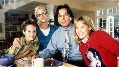 """Lizzie McGuire,"" (from left): Jake Thomas, Hallie Todd, Robert Carradine, Hilary Duff, (Season 1), 20"