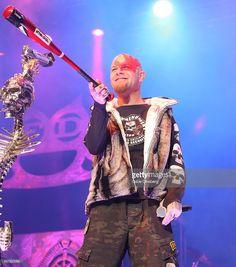 Nachrichtenfoto : Singer Ivan Moody of Five Finger Death Punch...