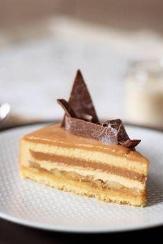 Le Breton Palet breton, pommes, by benedictebunner Fancy Desserts, No Cook Desserts, Fancy Cakes, Sweets Recipes, Just Desserts, Cake Recipes, Desserts Frais, Mousse Caramel, Gourmet