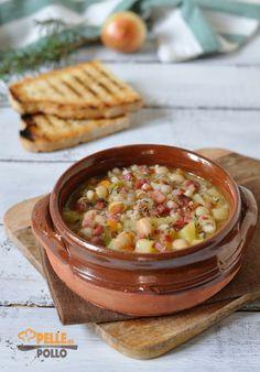 Zuppa di fagioli cannellini e orzo con speck e patate