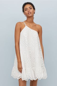 outfit teenager H&M One-shoulder Dress - White One-Shoulder-Kleid - Creme - Damen Simple Dresses, Cute Dresses, Casual Dresses, Short Dresses, Fashion Dresses, Summer Outfits, Summer Dresses, Beach Outfits, Dress First