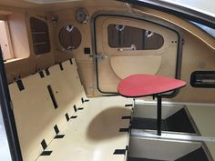 Sofa mode (without mattress) Tiny Trailers, Small Trailer, Vintage Campers Trailers, Camper Trailers, Trailer Build, Travel Trailers, Vintage Airstream, Vintage Caravans, Rv Campers