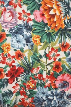 Tropical Summer Floral Print | floral | | floral print and patterns | http://www.thinkcreativo.com/