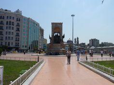 Estambul. Plaza Taksim.