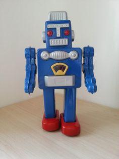 Robot Tin Toy Vintage Blue Solider Wind Up Metal Toy Mechanic