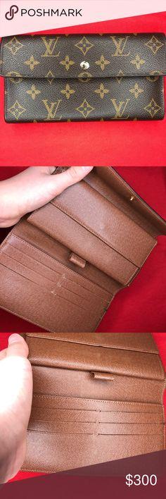 ea4dfe733c Louis Vuitton long wallet👛 A monogram wallet plenty of space for money and  change.