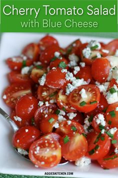 A simple summer salad full of fresh garden cherry tomatoes and savory blue cheese. This Cherry Tomato and Blue cheese salad is excellent for summertime picnics and barbecues! Pasta Salat, Blue Cheese Salad, Cooking Recipes, Healthy Recipes, Summer Salads, Soup And Salad, Cherry Tomatoes, Salad Recipes, Healthy Eating