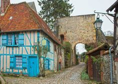 9 Charming Towns In France - Avenly Lane Travel