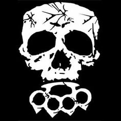 Skull Knuckle Duster