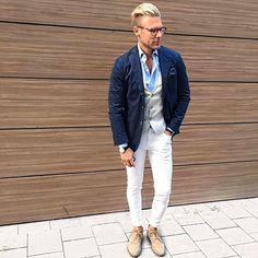 Men's Street Style Inspiration Mens Summer Blazers, Chic For Men, Street Style Inspiration, Moda Men, Mens Fashion Blog, Men's Fashion, Smart Casual Men, Mens Attire, Men Style Tips