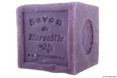 Heerlijke zeep, cube lavande....