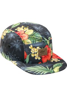 The Reell Botanic cap comes in a stylish 5-panel design. It has a straight peak and a great all-over flower-print - perfect for all beachboys and beachgirls. To guarantee a perfect fit, the cap is equipped with a practical snapback fastener. #Reell #botanic #snapback #skateboard #skateboarding #skate #sk8 #titus #homeofskateboarding