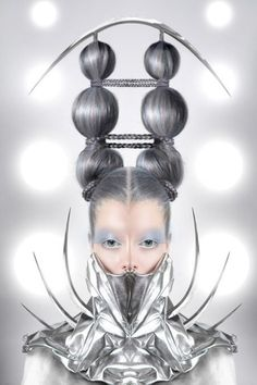 Futuristic Fashion, Future Girl, Silver, Avant-Garde, silver clothing, futuristic style, hairstyle, futuristic look,futuristic make up,cyber by FuturisticNews.com