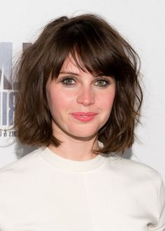 Felicity-Jones-Short-Messy-Bob-Haircut-with-Bangs.jpg (528×740)