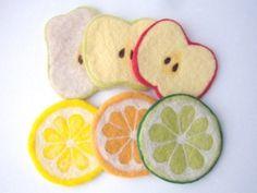羊毛フェルトのコースター・オレンジ | iichi(いいち)| ハンドメイド・クラフト・手仕事品の販売・購入