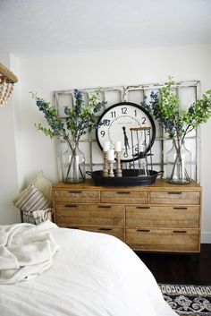 45+ Best Farmhouse Bedroom Design and Decor Ideas for 2021 Modern Farmhouse Bedroom, Farmhouse Style, Rustic Farmhouse, Bed Designs With Storage, Master Bedroom Makeover, Master Bedrooms, Master Room, Bedroom Styles, Bedroom Ideas