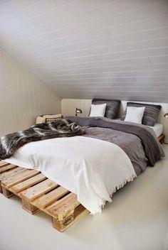 Grand lit en palette facile à fabriquer