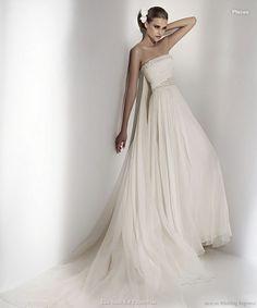 TheWildChild: GRECIAN GODDESS WEDDING DRESS