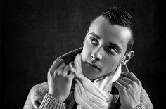 Shooting photo mode homme Lyon - Photo shoot for men - Studio Photo Gil - Photographe mode Photos Portrait Homme, Photo Portrait, Photo Book, Man Photography, Shooting Photo, Mannequins, Photo Studio, Rings For Men, Hoop Earrings