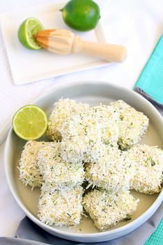 ****** 409 CALORIES PER LAMINGTON ****** Recipe for Mojito Lamingtons. An Aussie favourite and a refreshing Cuban drink unite into some zesty little cakes. Healthy Cake Recipes, Cake Mix Recipes, Baking Recipes, Dessert Recipes, Desserts, Muffin Recipes, Aussie Food, Australian Food, Mojito Recipe