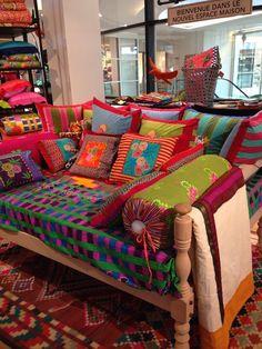 Bohemian Living Room Decorating