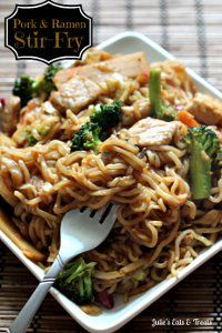 30 Minute Ramen & Pork Stir Fry - Talk about a fast, budget-friendly weeknight meal!  How delicious does this stir fry look?