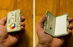 EL MUNDO DEL RECICLAJE: Recicla viejos cassettes