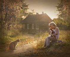 Russian photographer and doting motherElena Shumilovais celebrated for her sentimental snapshots of her animal-loving sons. Her heartwarming work first s