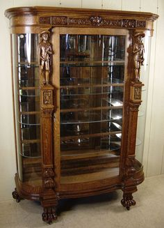 Oak Serpentine Glass China Cabinet with carved noblemen Antique French Furniture, Victorian Furniture, Antique Decor, Vintage Furniture, Art Deco Furniture, Furniture Styles, Unique Furniture, Furniture Design, Glass China Cabinet