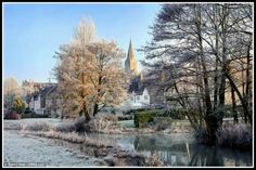Wintery scene in Wiltshire countryside (54 pieces)