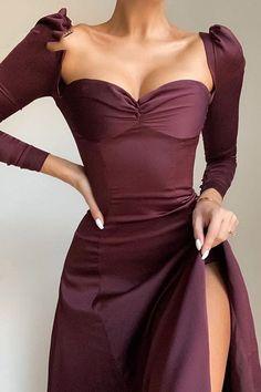 Elegant Outfit, Elegant Dresses, Pretty Dresses, Pretty Outfits, Beautiful Dresses, Formal Dresses, Long Dresses, Gala Dresses, Party Dresses For Women