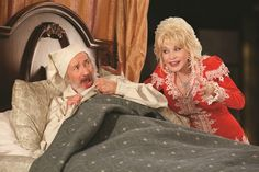Dolly Parton performs as hologram in new Dollywood Christmas show . With Dolly Parton's busy Christmas Shows, Christmas Carol, Country Singers, Country Music, Dollywood Christmas, Hallmark Movies 2017, Smoky Mountain Christmas, Tennessee Vacation, Meme Pictures