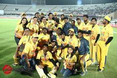 #CCL5 Final #TeluguWarriors Vs #ChennaiRhinos Match Photos  More Stills @ http://kalakkalcinema.com/ccl5-final-telugu-warriors-vs-chennai-rhinos-match-photos/