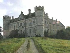 Castle for sale France Midi-Pyrenees Gers (32) Estate 10-20 HA Asking price € 1.200.000